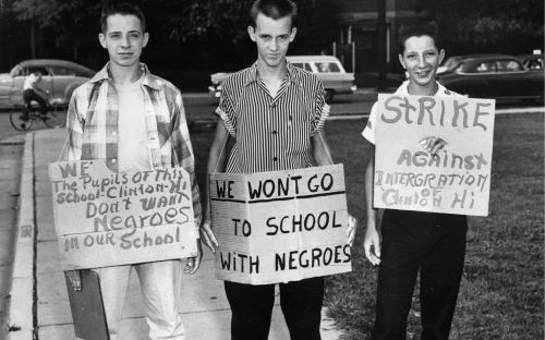 Segregation-protest2